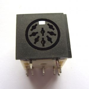 Video socket for Commodore 64 / C16 / Plus4 - Common 8 pin DIN *Salvaged*